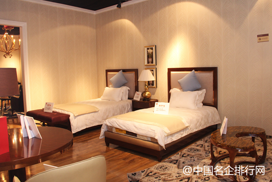 美盈家具获2015中国酒店家具十大顶级品牌等两项大奖